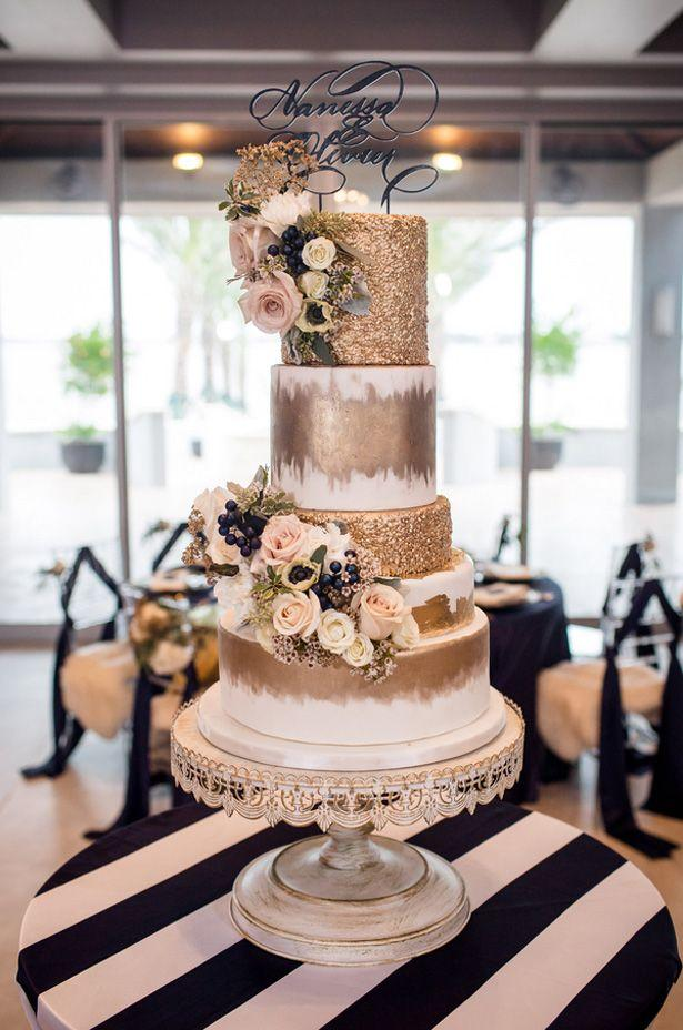 Wedding - Gold Wedding Cake - Stacy Anderson Photography - Belle The Magazine