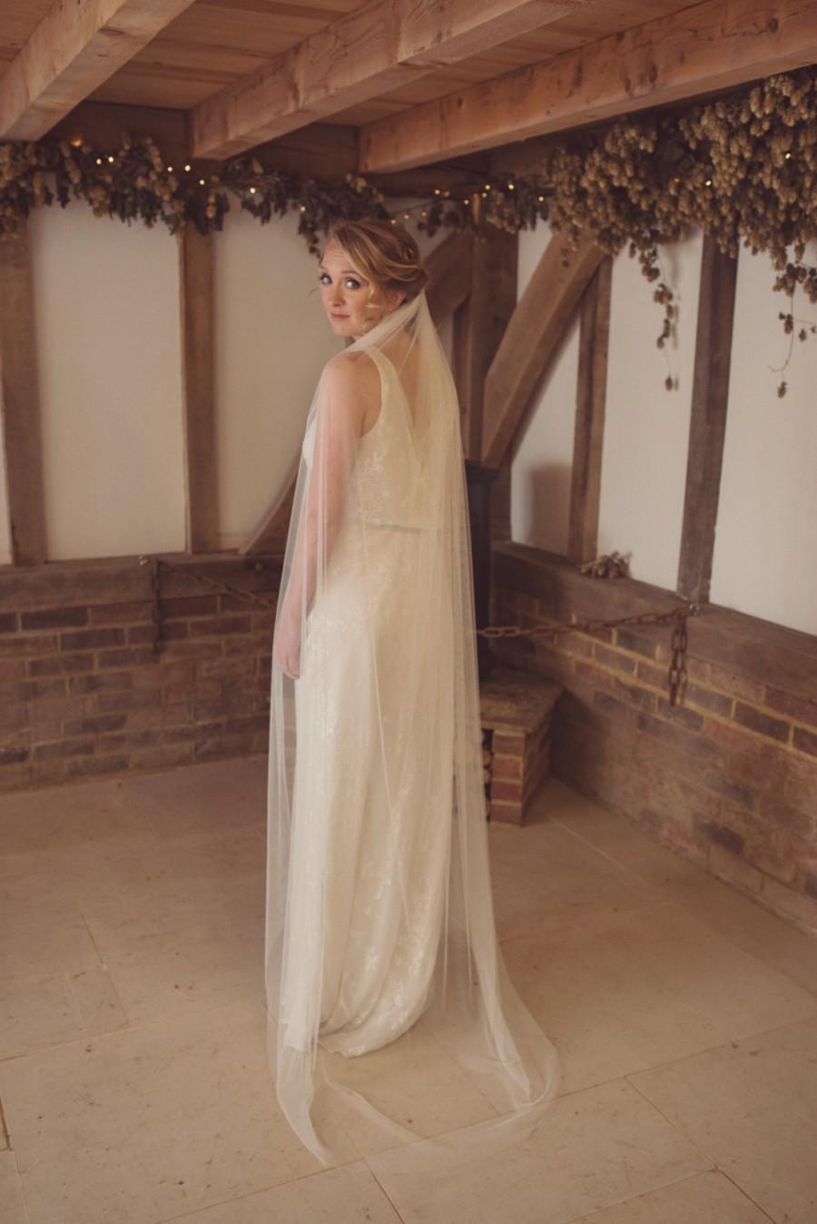 Hochzeit - Simple veil, ivory veil, raw cut edge, like silk tulle, soft veil, elbow, waist, fingertip, waltz, floor, chapel, cathedral length veil