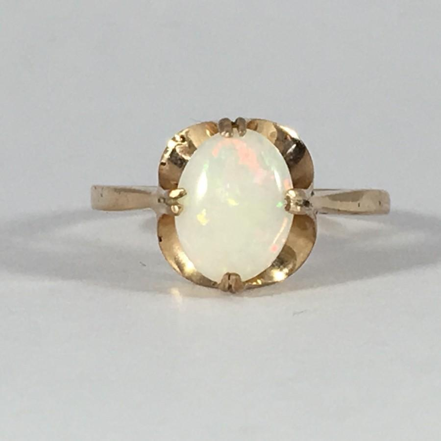 Vintage Opal Ring Oval White Opal In 9K Yellow Gold Unique