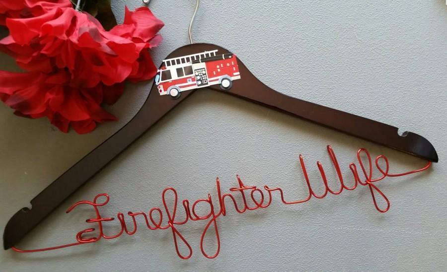 Mariage - Firefighter Wedding Hanger, Firefighter Tux Hanger, Groom Tux Hanger, Tux Hanger for Groom, Mr. Wedding Hanger, Groom Firefighter Hanger