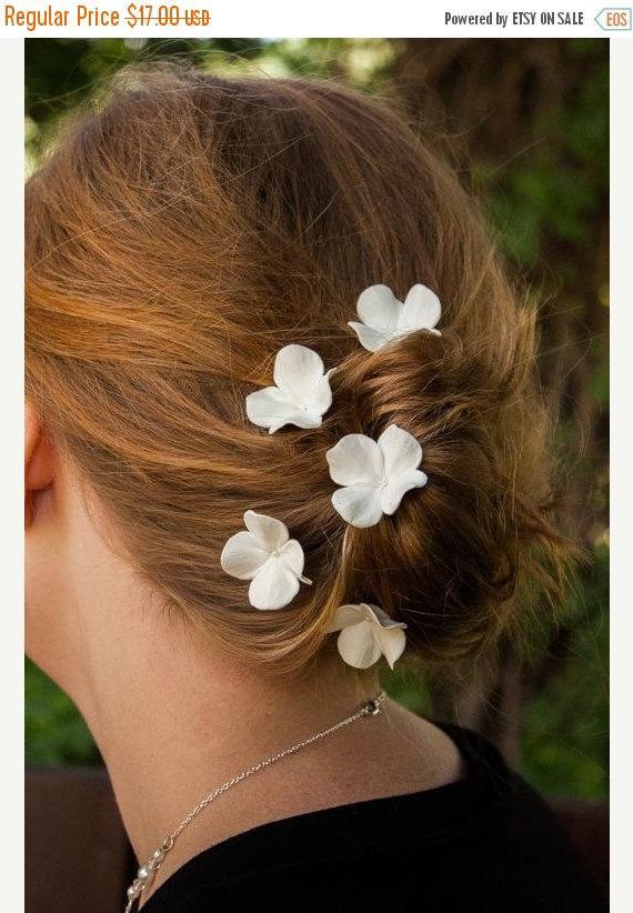 Boda - FREE SHIPPING Wedding Hair Pins - Set Of 5 Hydrangea Hair Flowers, Bridal Hair Accessories, Wedding Hair Accessories