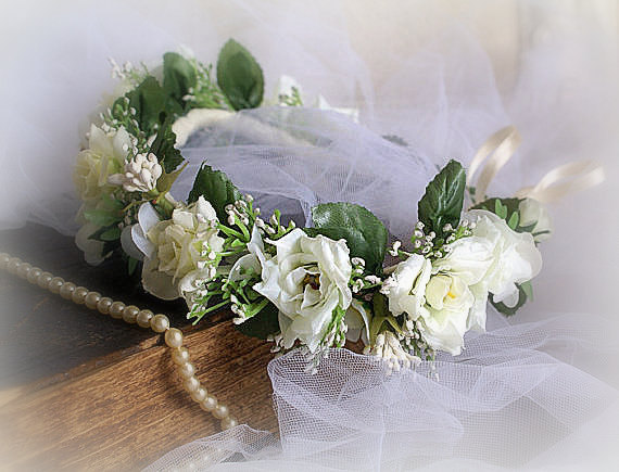 Mariage - Flower Crown White Rose Headband Floral Crown Floral Wedding Crown Bridal Head Piece Flower Headdress White Weddings