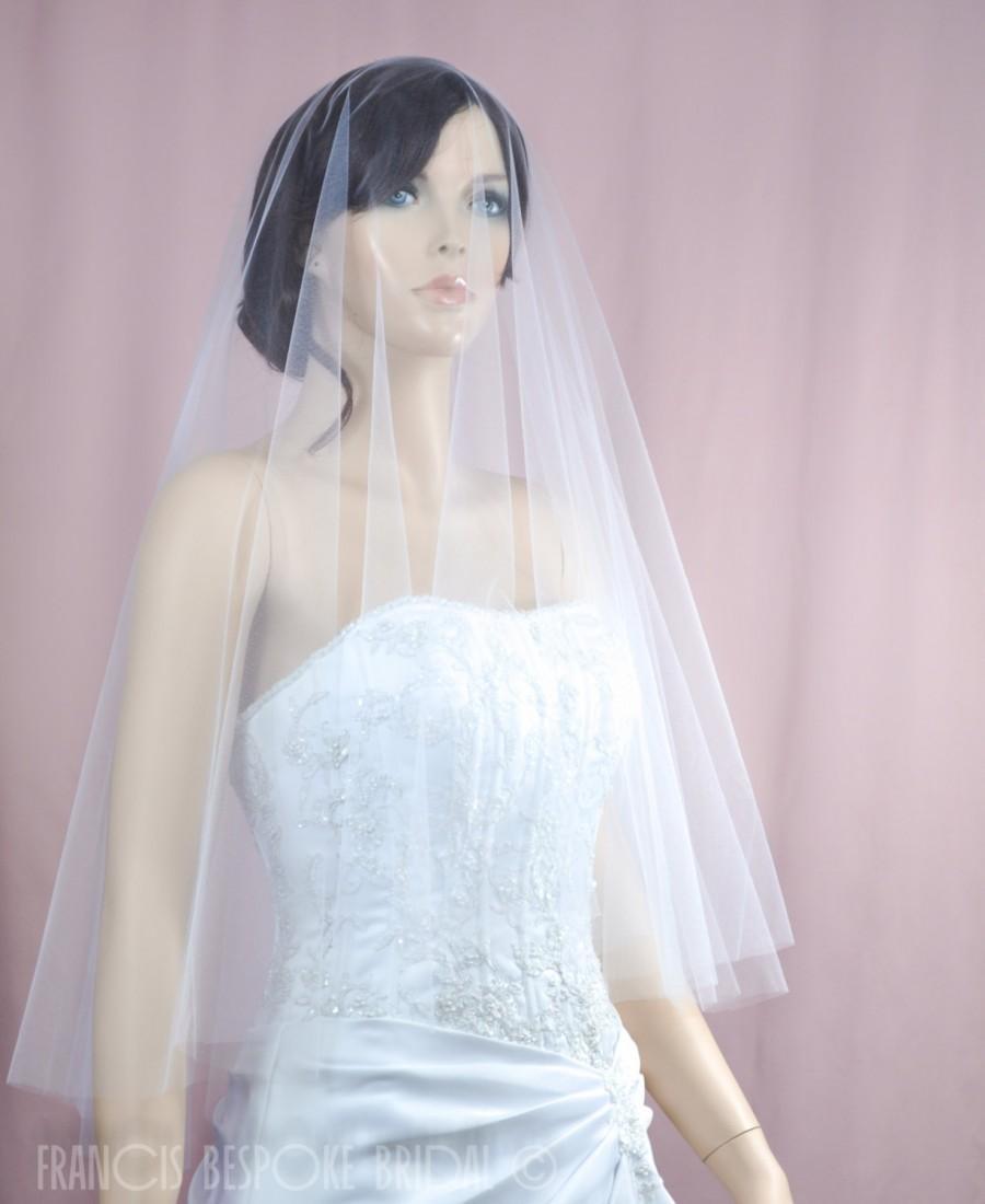 Mariage - Bridal round Drop Veil busher, Wedding raw circle cut veil, Bridal elbow length veil in  White, Ivory, Champagne