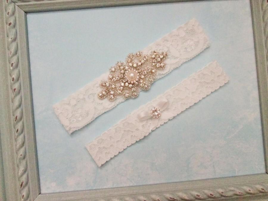 Wedding - Vintage Wedding Garter Set, Bridal Garter and Toss Garter, High Quality Rhinestones, Stretch Lace garter, Crystal or Pearl center
