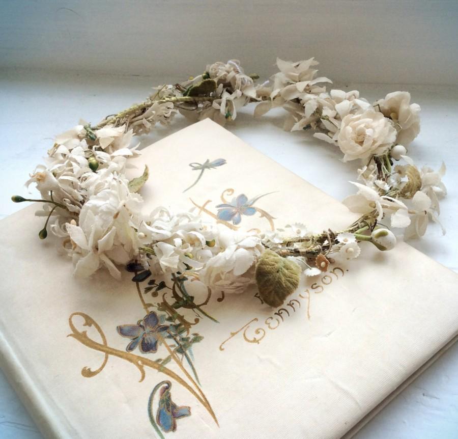 Свадьба - DELICATE little 1800s flower garland WOODLAND tiara, distressed and delightful. TIARA 39