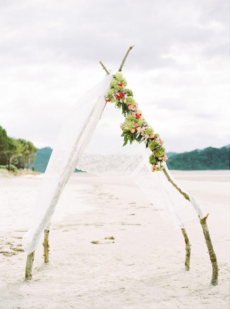 Wedding - Relaxed New Zealand Beach Wedding