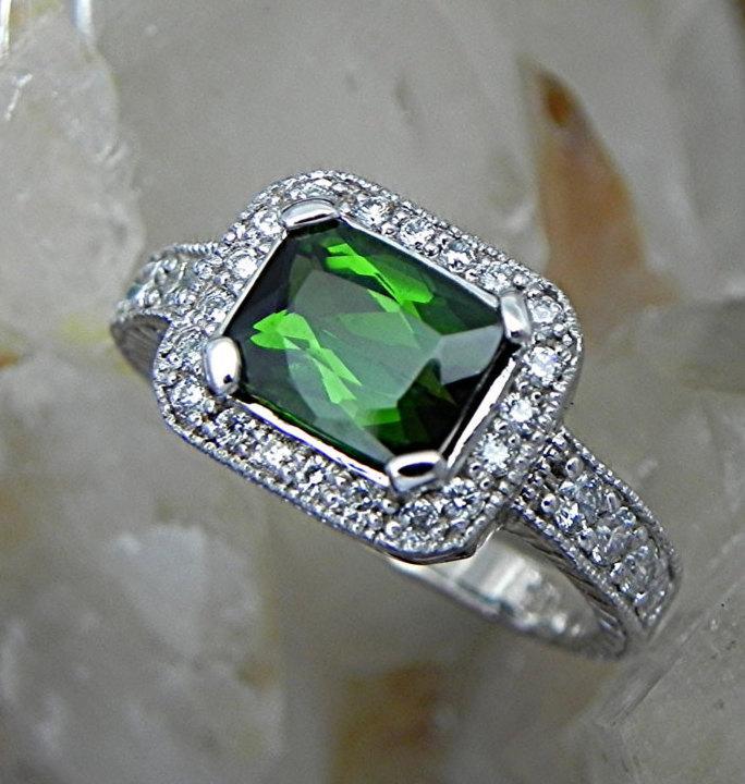 Свадьба - 1.82 Ct AAAA Green Cushion cut Tourmaline 8x7mm in a 14K White Gold diamond Ring .44cts