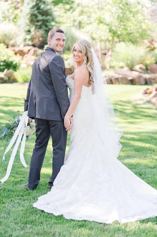 Mariage - Partial Lace Wedding Veil