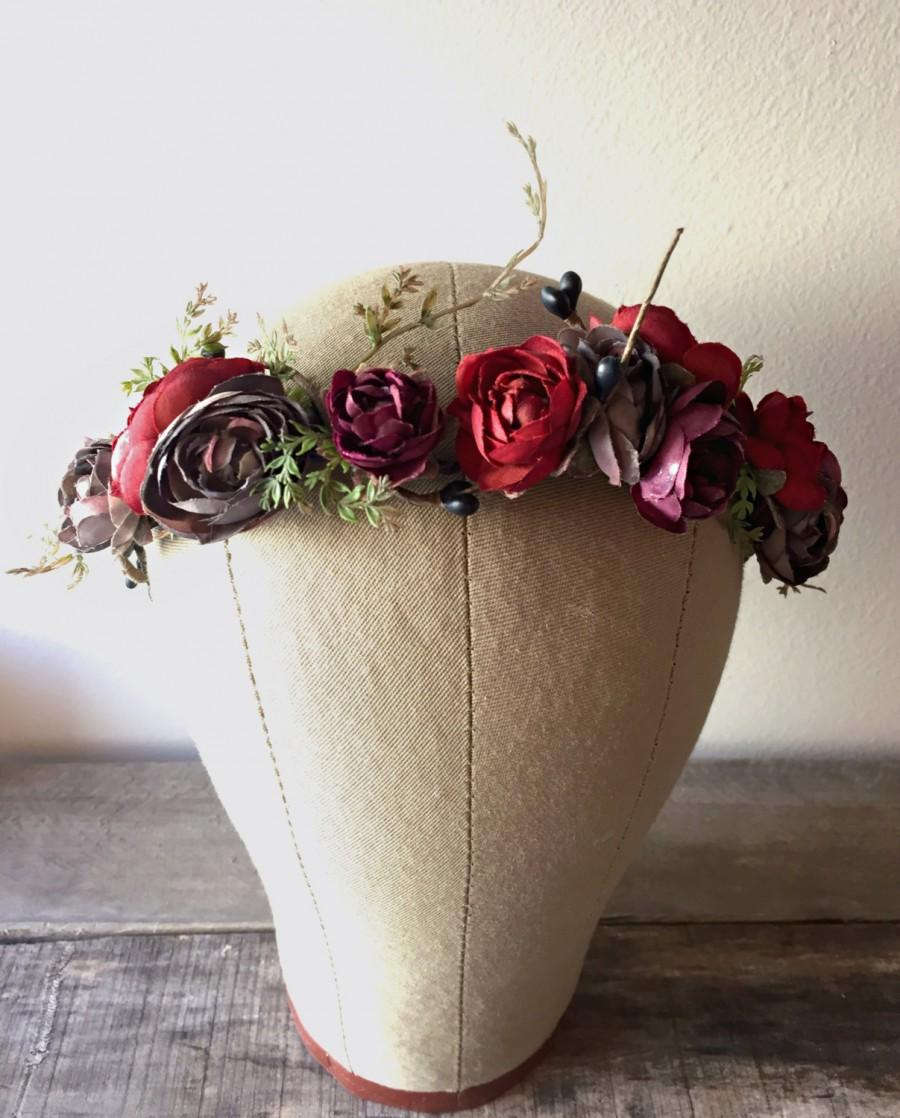 Свадьба - Rustic floral crown, holiday headpiece, burgundy flower crown, winter wedding, berry crown, woodland circlet, holiday hair accessories