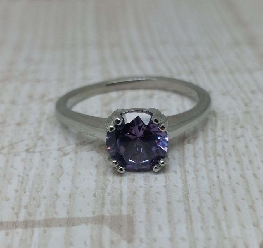Mariage - Alexandrite 1.5ct solitaire ring in Titanium or White Gold - engagement ring - wedding ring - handmade ring