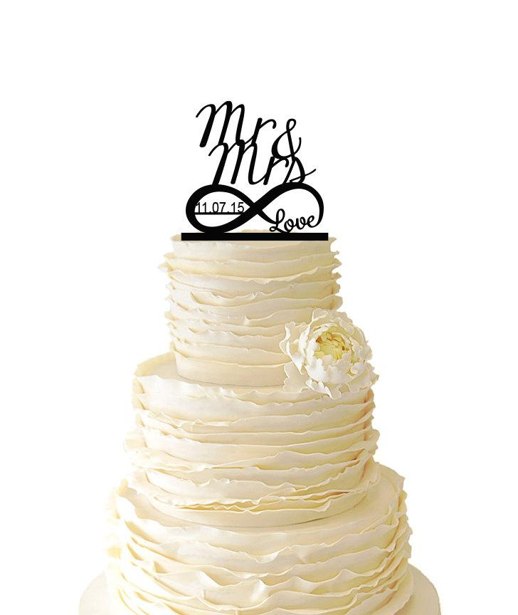 Свадьба - Infinity Symbol With Love - Mr and Mrs - Personalized With Custom Date -  Acrylic or Baltic Birch Wedding/Special Event Cake Topper - 021