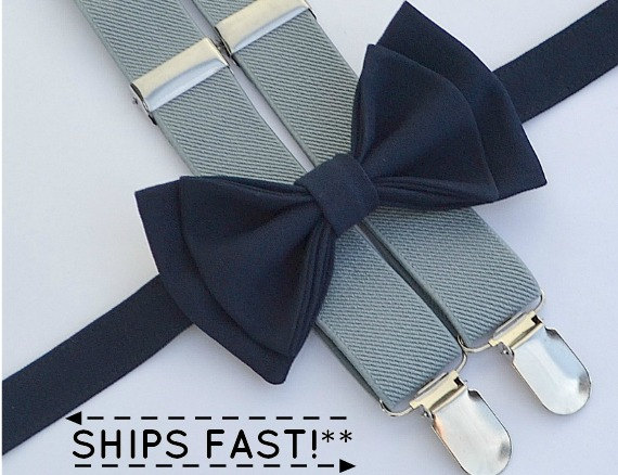 Mariage - Navy Bow Tie & Light Grey Suspenders -- Ring Bearer Outfit -- Boys Wedding Outfit