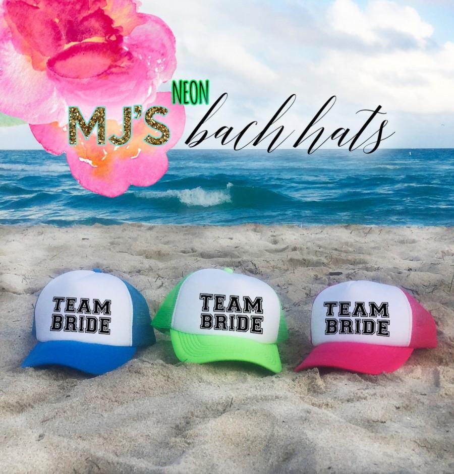 Mariage - NEON Bachelorette Party Hat / TEAM BRIDE Trucker Cap / Pool Party / Vegas Miami / Beach Vacation / Bridesmaid Hat