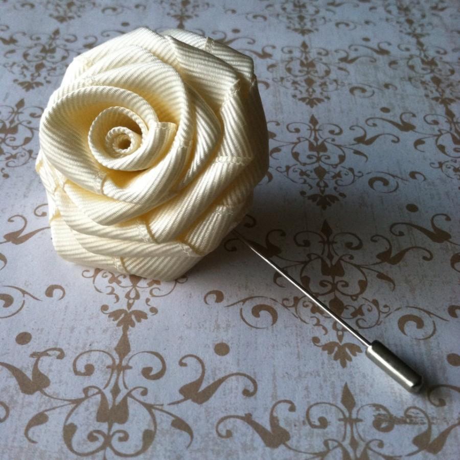 زفاف - Mens Flower Lapel - Mens Rose Lapel Pin - Alternative Wedding Boutonniere Corsage - Ivory Lapel Pin - Lapel Flower