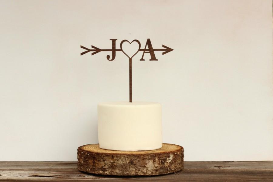 Mariage - Rustic Wedding Arrow Cake Topper,Custom Cake Topper,Bridal Shower Cake Topper,Cake Toppers for Weddings,Rustic Wedding Cake Topper