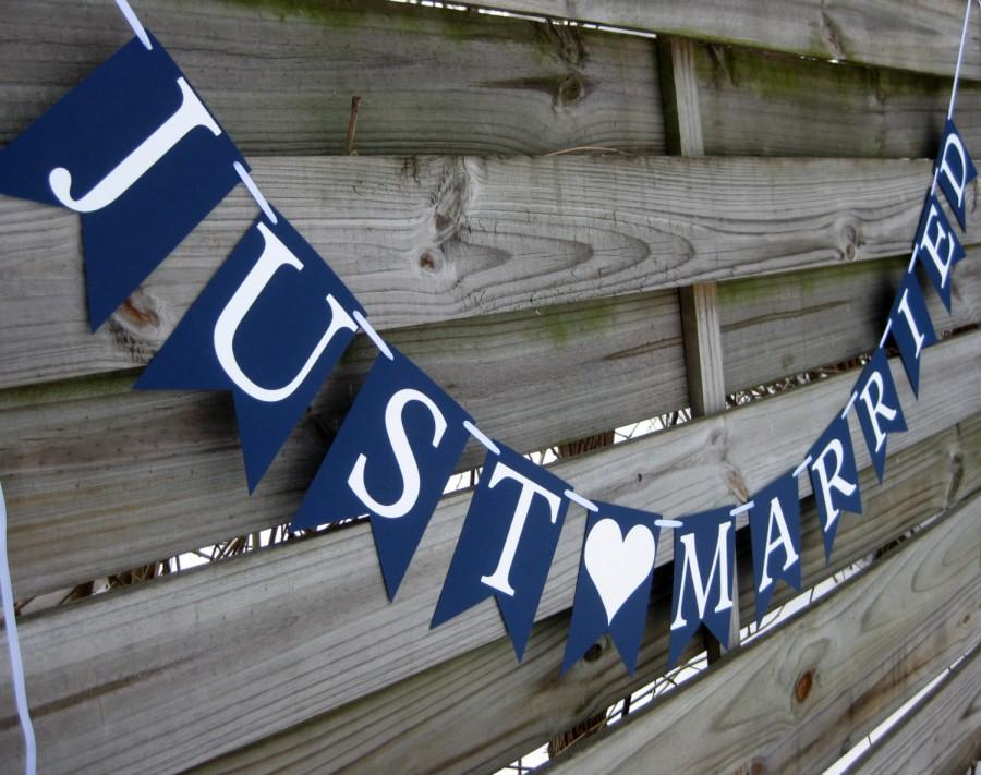 Mariage - Just Married Wedding Banner - Wedding Sign in Navy Blue and White - Perfect for Nautical themed Weddings
