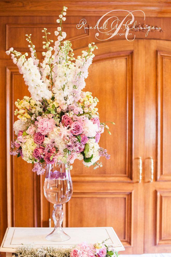 زفاف - 10 Steal-Worthy Flower Arrangements For Your Wedding Ceremony