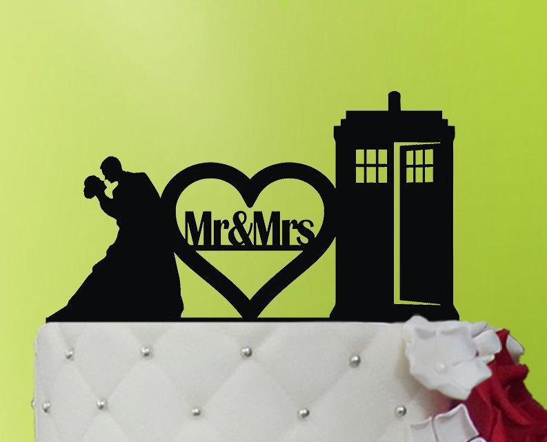 Mariage - Wedding Cake Topper/  Wedding TARDIS  cake topper/  Wedding  Doctor Who/Gold Wedding Cake Topper/Personalized Cake Topper/Rustic Cake Topper