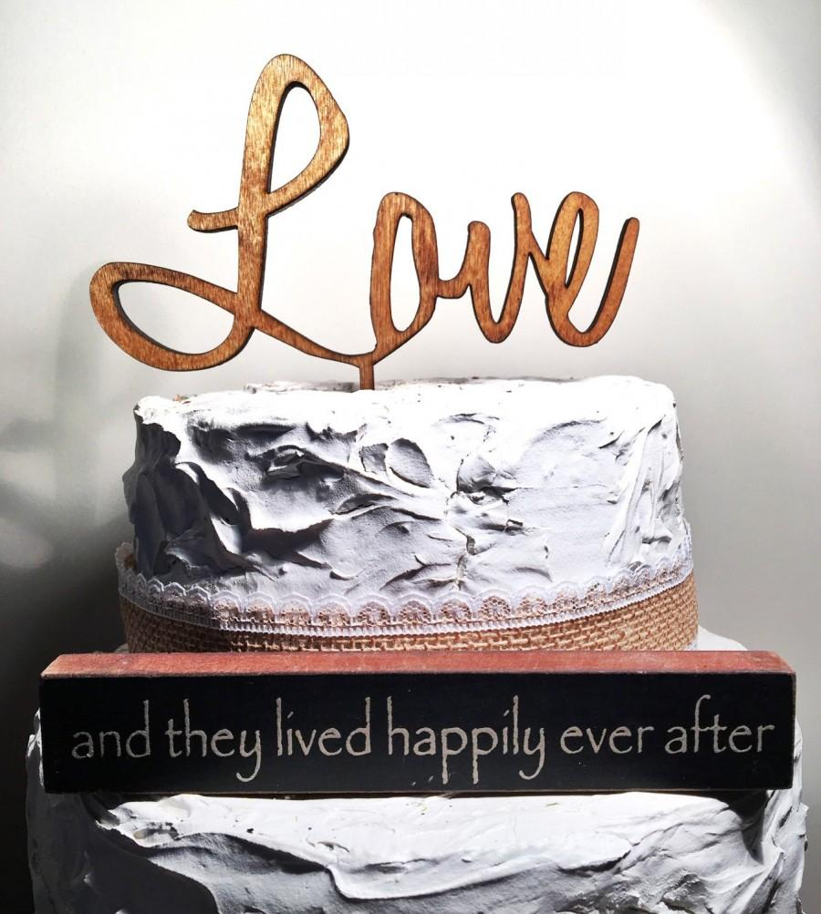 Mariage - Rustic Wooden engraved LOVE Wedding Cake Topper