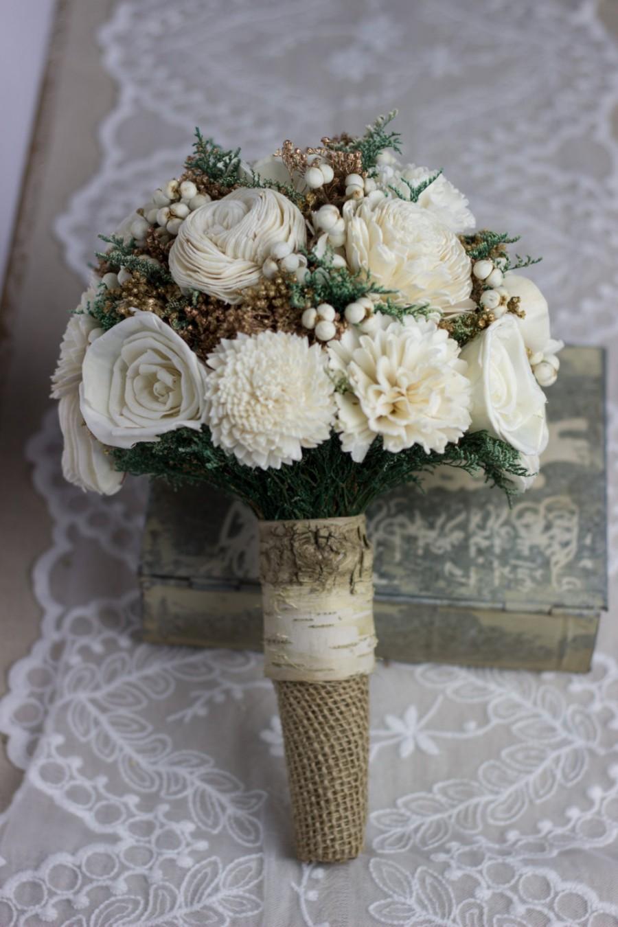 Mariage - Rustic Birch Wedding Bouquet, Ivory Sola Flower Bridal Bouquet, Woodland Bouquet, Rustic Bouquet, Winter Bouquet Keepsake Bouquet