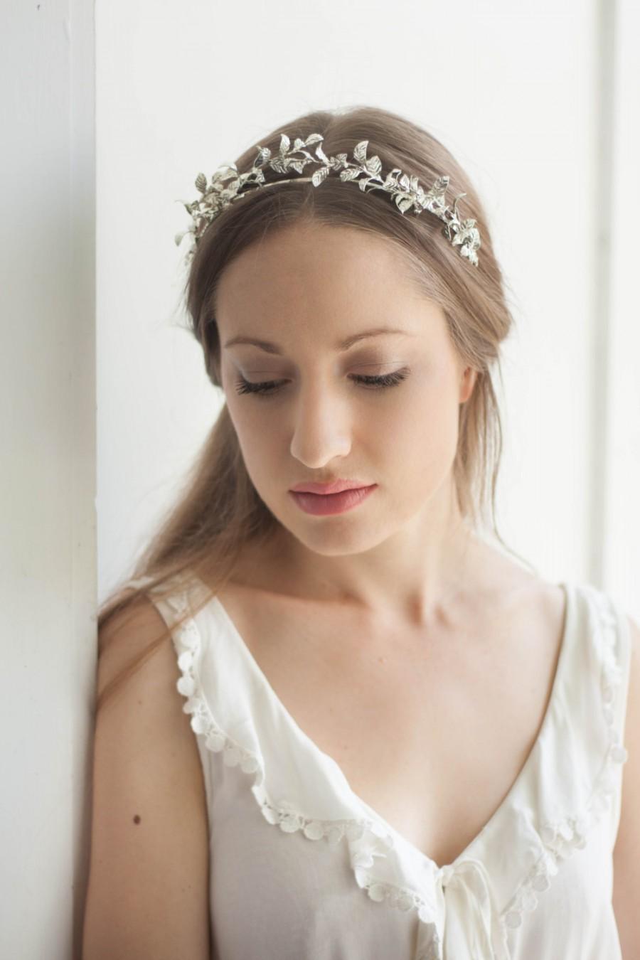 Mariage - Petite Myrtle Tiara, vintage style tiara, leaf tiara, myrtle tiara, leaf crown, Silver tiara, gold flower crown, german tiara, boho #150