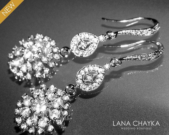 Mariage - Cubic Zirconia Bridal Earrings Chandelier Cubic Zirconia Wedding Earrings Luxury CZ Wedding Earrings Dangle Crystal Earrings Bridal Jewelry