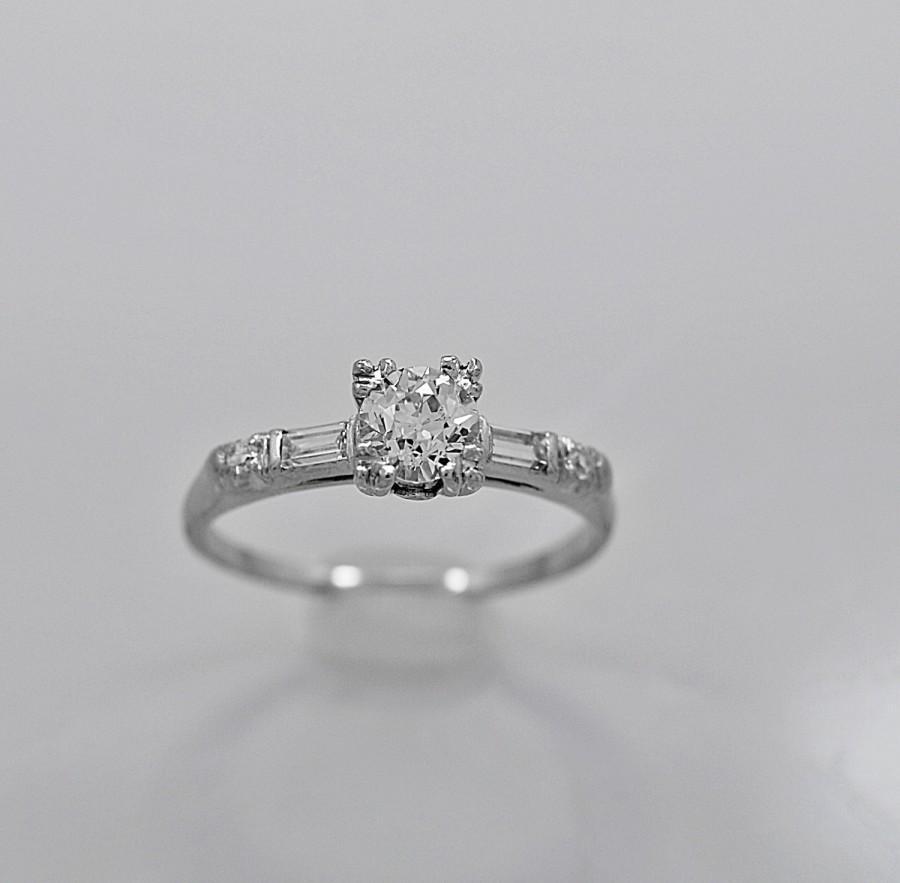 Mariage - Antique Engagement Ring .60ct. Diamond & Platinum Art Deco- J34024