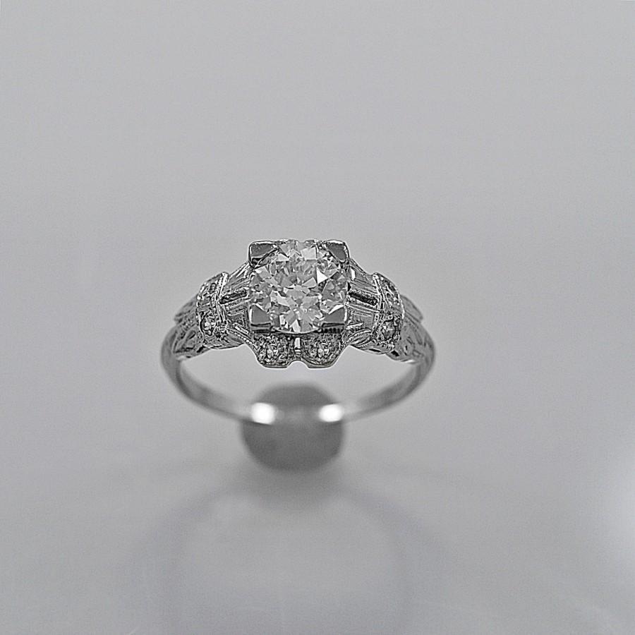 Mariage - Vintage Engagement Ring .84 ct. Diamond & Platinum Art Deco - J35610