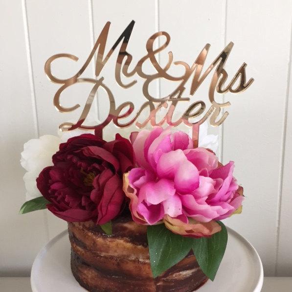 Hochzeit - Custom Cake Topper Mr & Mrs