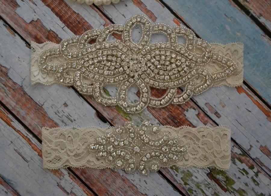 Свадьба - Wedding Garter, Wedding Garter Set, Rhinestone Wedding Garter Set, Elegant Bridal Garter Belt, White or Ivory Garter Set, R58