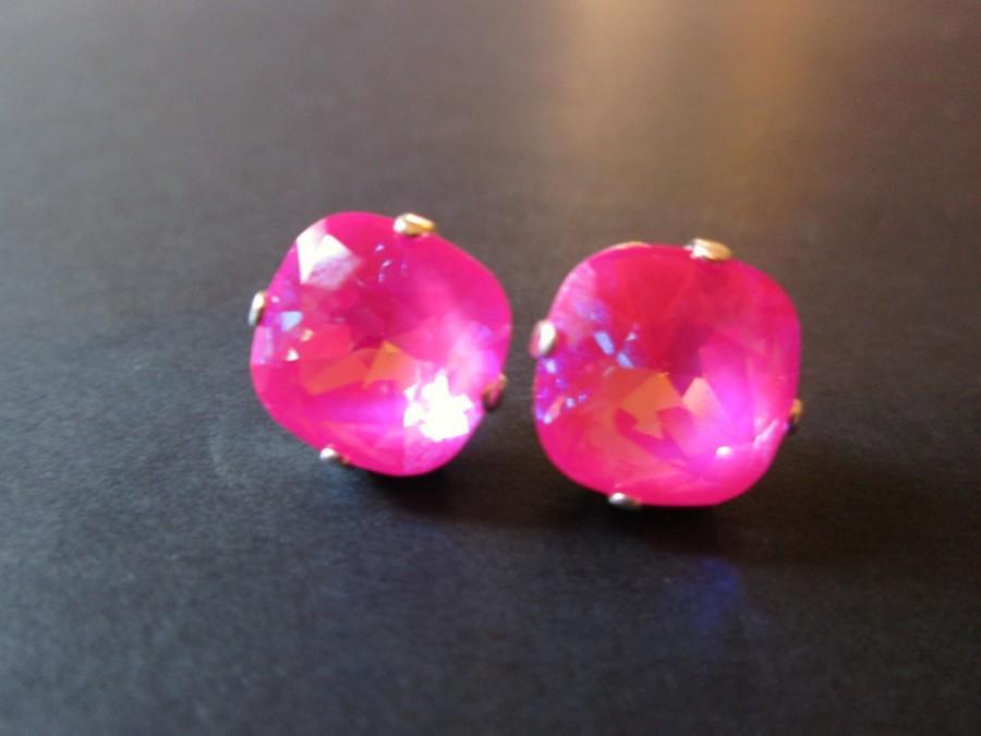 Свадьба - Ultra Pink Swarovski Crystal Earrings/Swarovski Crystal Studs/ Swarovski Earrings/ Square Crystal Studs/ Cushion Set Earrings/ Bridesmaid
