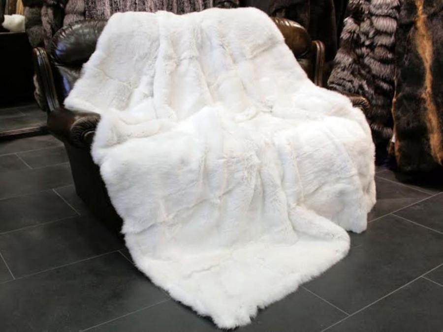Wedding - Full Pelt Rabbit White Fur Rug Throw