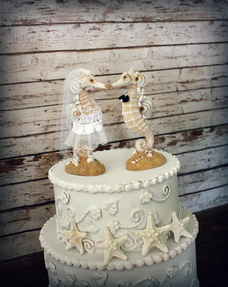 Mariage - Seahorse Wedding Cake Topper-Beach wedding-Kissing Seahorse Couple-Beach Themed Wedding Cake Topper-Destination Wedding