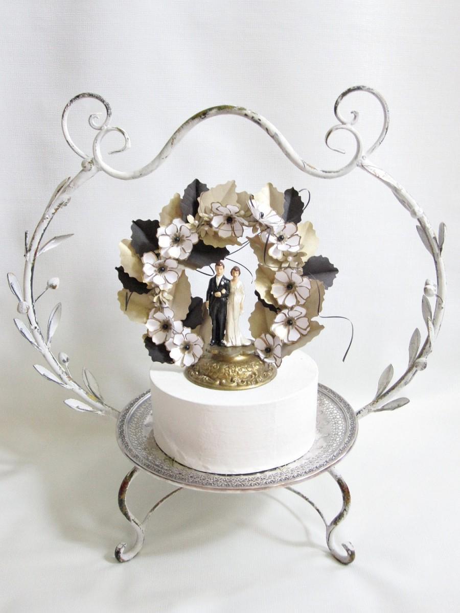 Hochzeit - Handmade Black, Gold and White Vintage Inspired Wedding Cake Topper