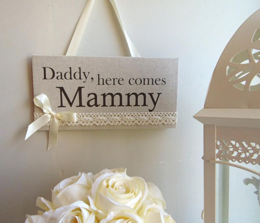 """Mariage - Rustic Vintage Lace Wedding Sign """"Here Comes the Bride"""", Flower Girl sign/plaque"""