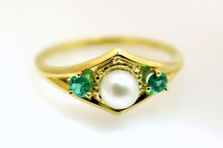 Свадьба - Pearl ring, Emerald engagement ring, Pearl engagement ring, Emerald ring, Vintage engagement ring, Art deco ring, Emerald ring gold
