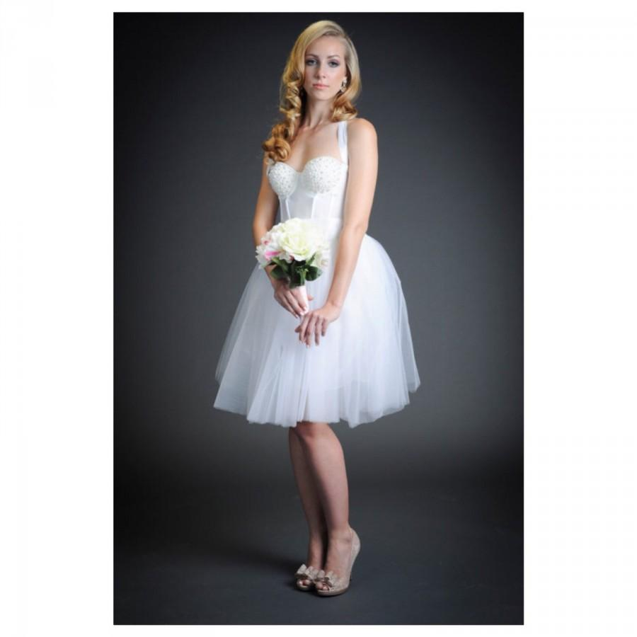 The Pearl Pinup Short White Wedding Dress Pearls/Halter/Bustier ...