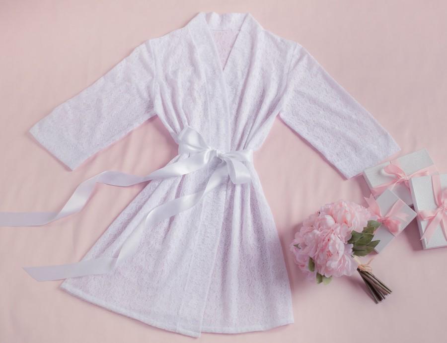 Свадьба - Lace Bridal Robe, Lingerie, Getting Ready, Bridal Gift, Bachelorette party Gift, Honeymoon, Lace Kimono, Wedding Gift, I do, White Lace