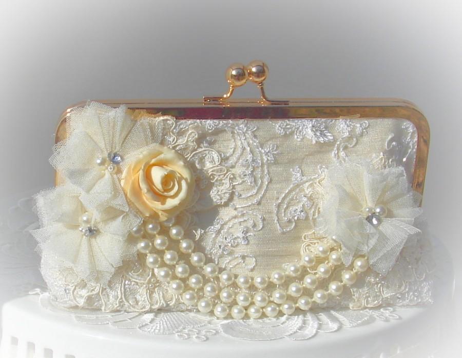 Свадьба - Ivory Wedding Clutch / Pearl Wedding Clutch / Bridal Clutch / Romantic Wedding / Ivory handbag
