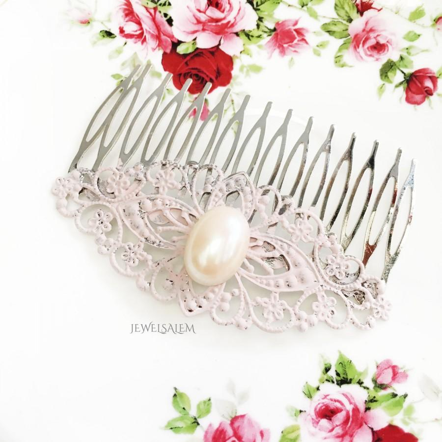 Hochzeit - Blush Pink Wedding Hair Comb with Pearl Bridal Headpiece Oval Pearl Hair Comb Romantic Whimsical French Inspired Wedding Rustic Hair Slide
