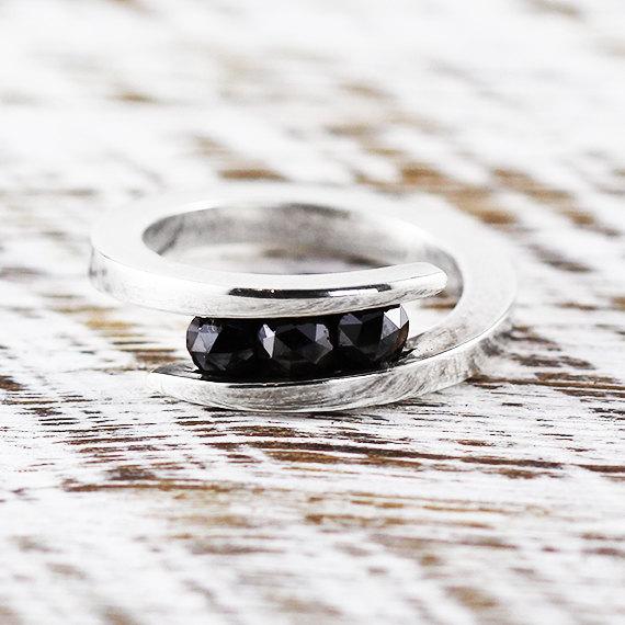 Mariage - Black Diamond Ring 14k White Gold Engagement Ring Womens Rings