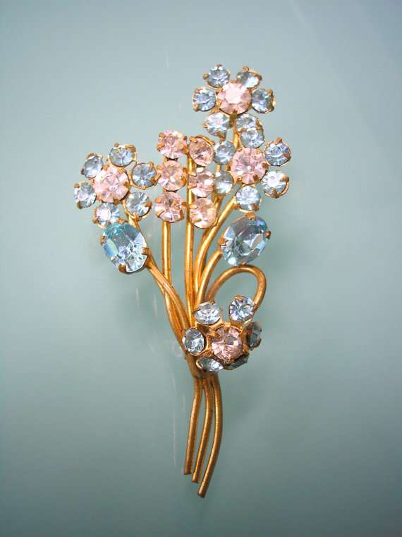 Mariage - Blue Rhinestone Brooch, Bridal Sash Brooch, Wedding Jewelry, Vintage Brooch, 1950s, Pale Blue, Flower Brooch, Aqua Rhinestones, Turquoise