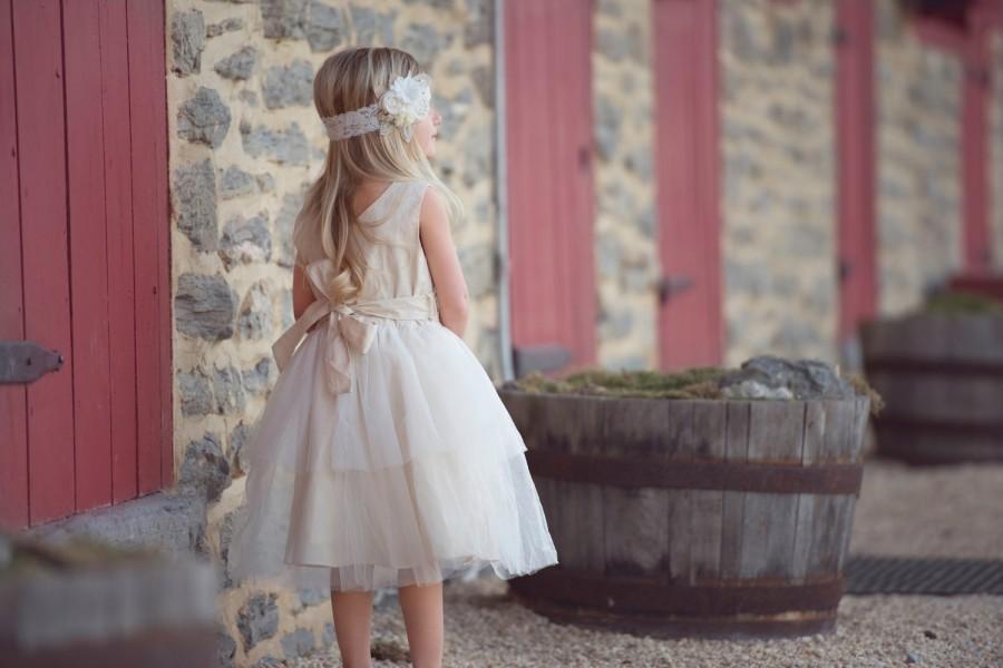 Wedding - rustic flower girl dress, country flower girl dress, lace flower girl dress, big bow flower girl dress, flower girl dress, junior bridesmaid