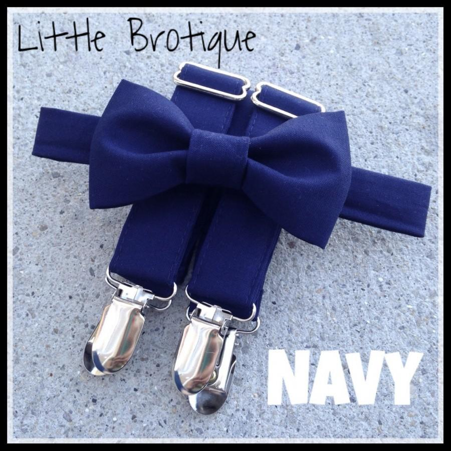Hochzeit - Navy Bow Tie and Suspender Set for men, boys, toddlers, and babies. Sent 3-5 days after you order