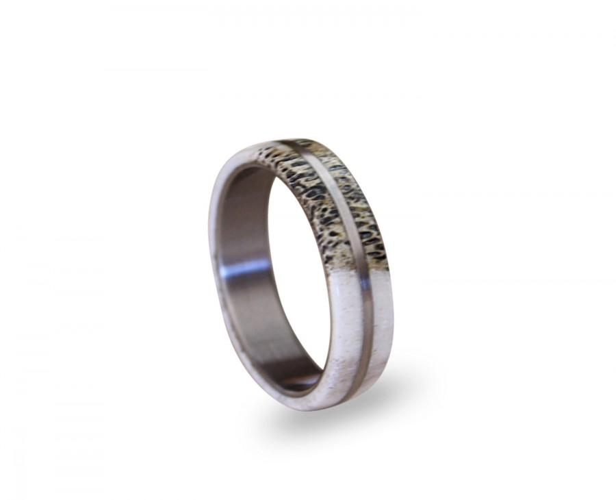 Свадьба - Titanium Men Ring With Deer Antler, Antler On A Titanium Ring, Bone Ring