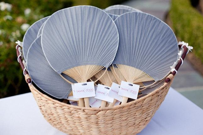 Свадьба - Paper Paddle Fan - Pick your Colour Photo Booth Prop - Wedding / Event Supplies & Decor