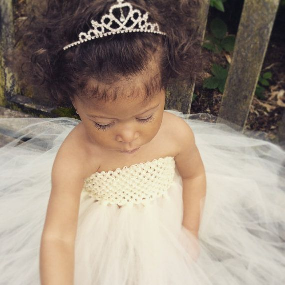 Mariage - Flower Girl Dress Tulle, Flower Girl, Girls Dress, Child's Dress, Princess, Birthday, Party, Wedding, Dress, Wedding Dress Flower Girl Dress