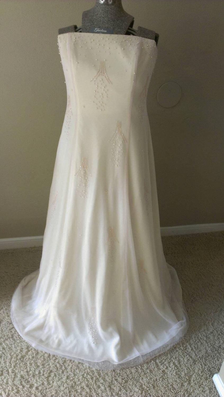 Mariage - Vintage Designer Nude Silk Gauze Bead Embroidered Sleeveless Long Dress / Prom / Wedding / Reception