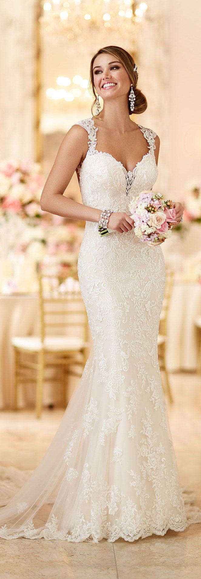 Mariage - Beautiful Long Dress with Beads