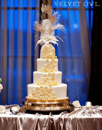 Свадьба - Unique wedding cake topper Gold Champagne Ivory Peacock feathers - EMPIRESS